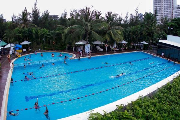 10 Hồ bơi đẹp nhất TPHCM