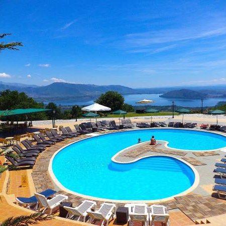 Top 5 hồ bơi sạch được yêu thích tại TP.HCM và Hà Nội