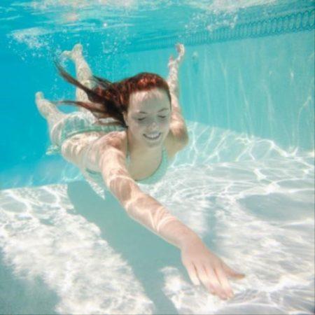 5 cách giữ da khi đi bơi để làn da rám nắng không còn là nỗi lo