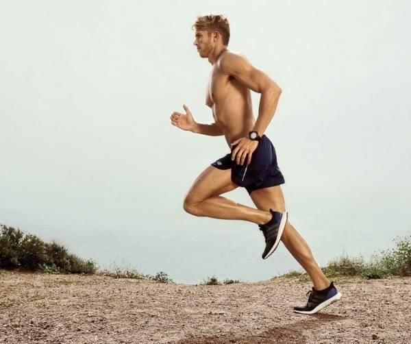 thực hiện cách chạy bộ đúng cách, đúng tư thế