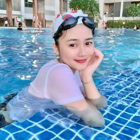 Đồ bơi chống nắng